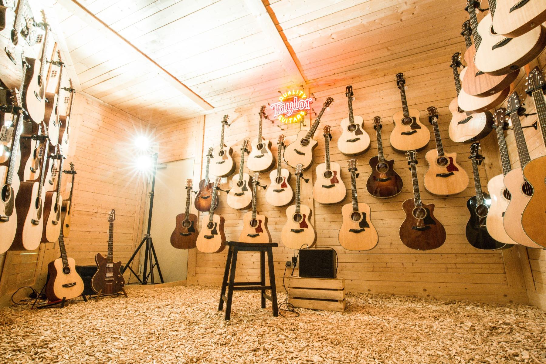 Unsere Auswahl an Akustikgitarren